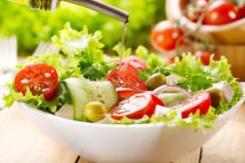 Salataya Dökülen Zeytinyağı Bile Hayat Kurtarıyor
