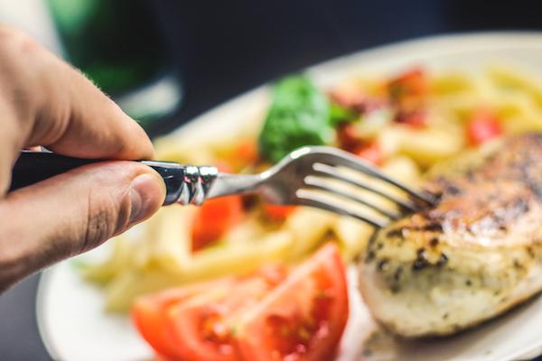 aksam-yemegini-erken-yemek