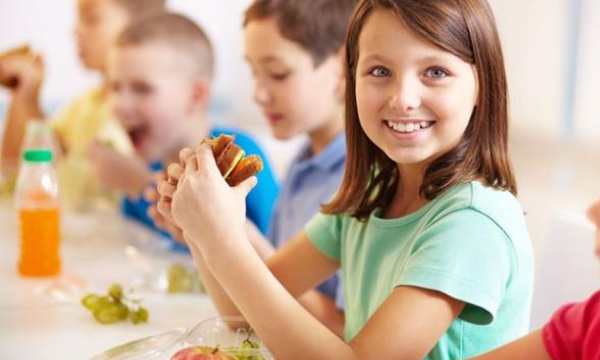 Çocuğunuzun Sağlıklı Beslenmesi İçin 7 Öneri