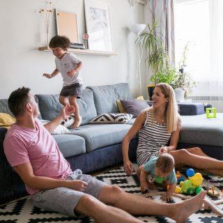 Koronavirüs Nedeniyle Evde Kalan Çocuklu Yetişkinlere Öneriler