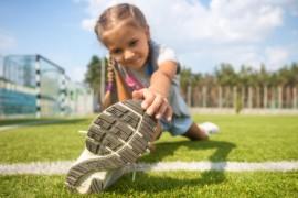 Yanlış ayakkabı çocuğun ayak sağlığını bozabilir!
