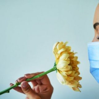 Koronavirüs geçirenlerde tat ve koku kaybı ne kadar sürer?