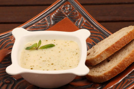 Soğuk Yoğurt Çorbası