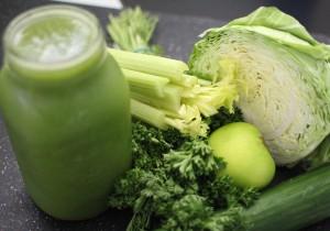 Mutlaka tüketmeniz gereken en iyi yeşil yapraklı 7 sebze